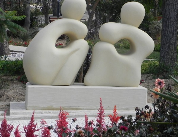 Joe Xuereb – Gozo Gossiping – 230cm
