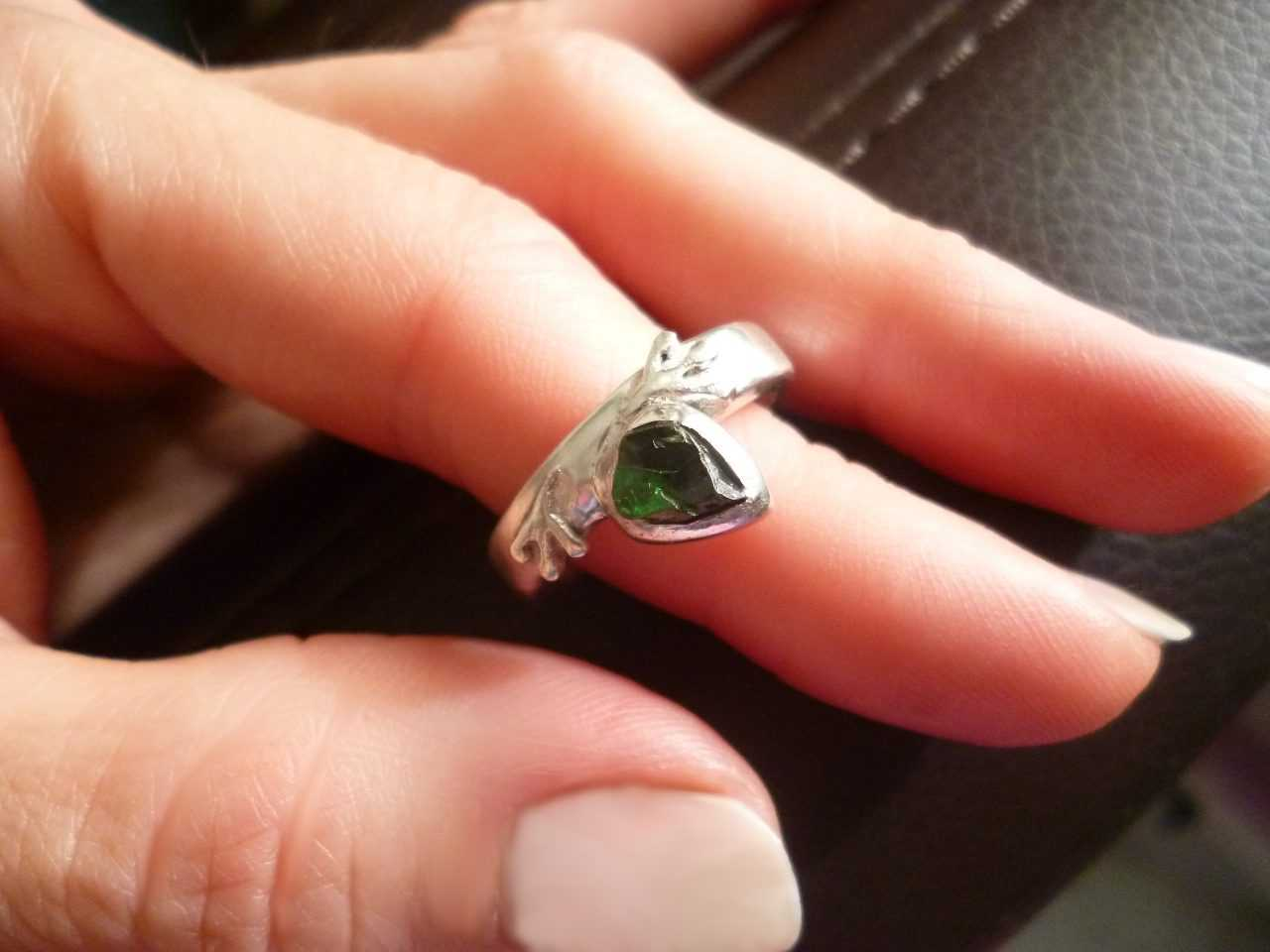 Silvana Mallia - Salamander Ring