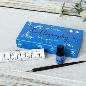 modern-calligraphy-beginners-kit-27507-lifestyle_0