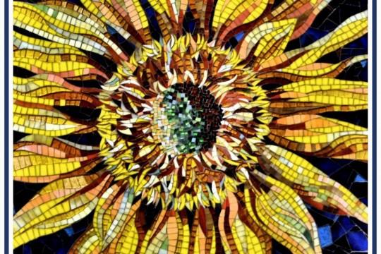 ray-aquilina-sunflower-glass-medium