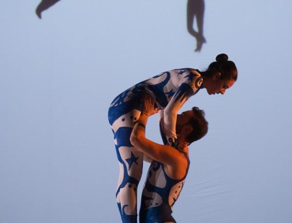 PARADE 16 – The Acrobats – photo by Stephen Buhagiar-min