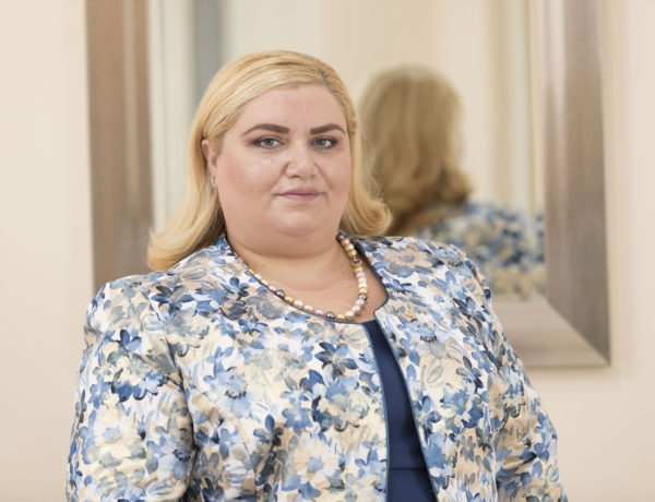 Elaine Pavia – VET Ambassador